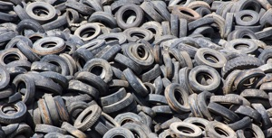 Used tires of synthetic origin
